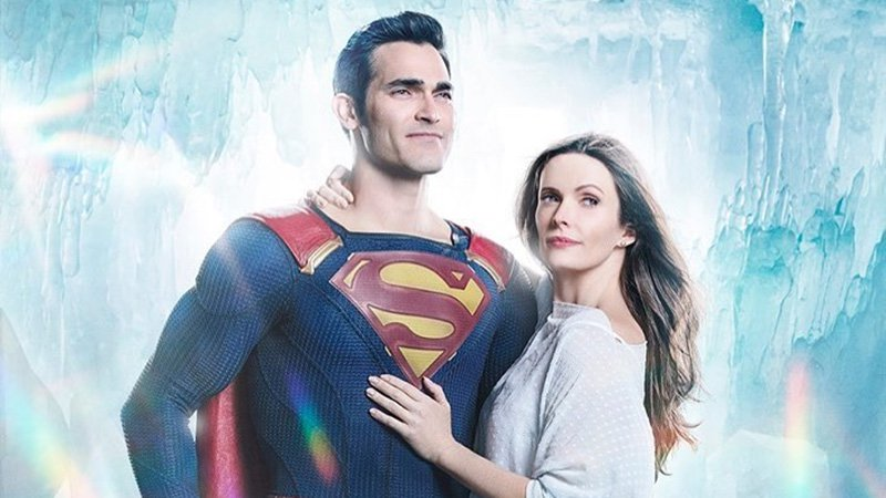 "Tyler Hoechlin Shares First Photo Of Superman With His ""Better Half"" Lois Lane"